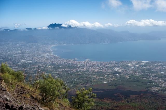 Vésuve : Vue sur la baie de Naples